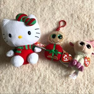Other - NWT Christmas keychain trio